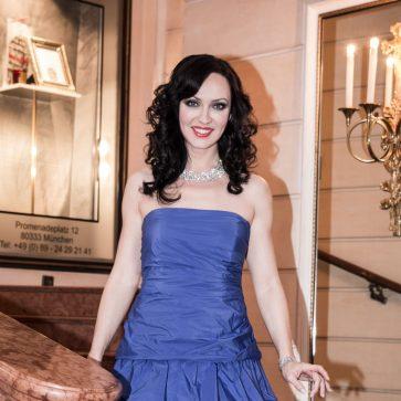 Sängerin, Voces, Muenchen, event, Firmenfeier, Hochzeit, russisch, deutsch, bayern