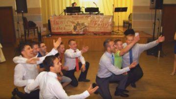 Hochzeitspiel - zwei Mannschaften